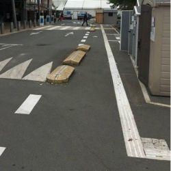 Dalle podotactile avec Bande d'aide à l'orientation extérieure auto-adhésive pour la sécurité des locaux et l'accessibilité d...