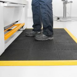 Dalle anti-fatigue premium à surface granuleuse, SOLID FATIGUE-STEP