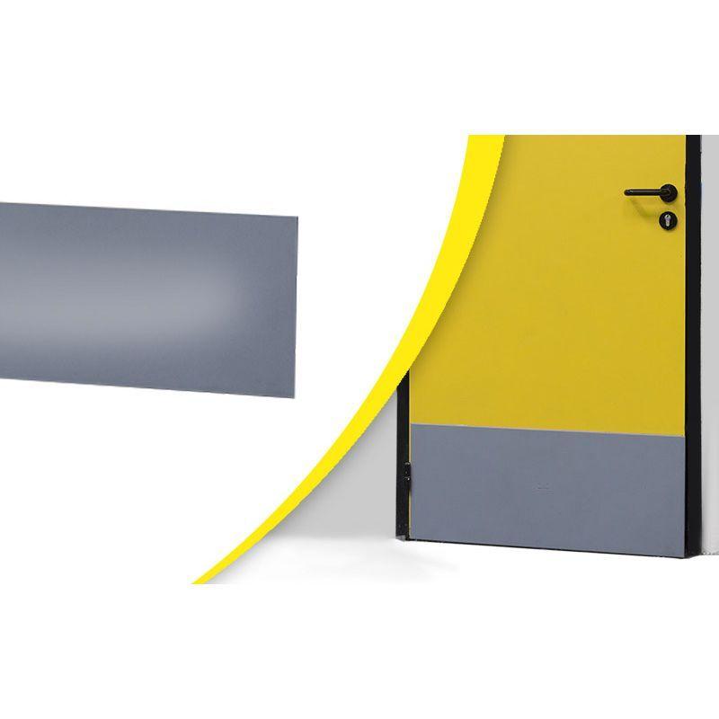 Plaque de propreté pour bas de porte   Equipement de protection des bâtiments