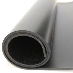 Bâche lisse en caoutchouc noir multi-usage pour protéger sol et surface. Bâches en caoutchouc à applications variées