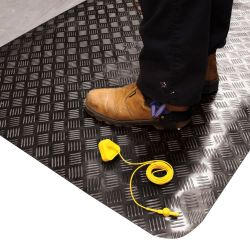 Tapis antistatique ESD SENSO DIAL  à surface en tôle diamant