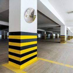 Miroir de sortie de parking privatif