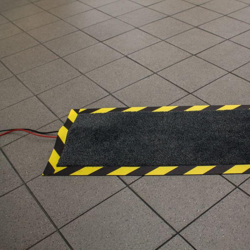 Passage de câbles Tapis protege câbles