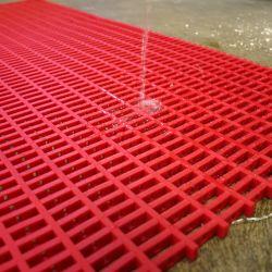 Caillebotis antidérapants en PVC - maille 30x10mm dans notre gamme de Caillebotis industriels