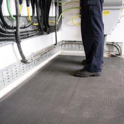 Tapis isolant électrique en caoutchouc antidérapant dans notre gamme de tapis de protection électrique et antistatique ESD