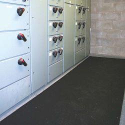 Tapis isolant électrique en EPDM avec tapis de protection électrique dans notre gamme de Revetement Isolants & ESD