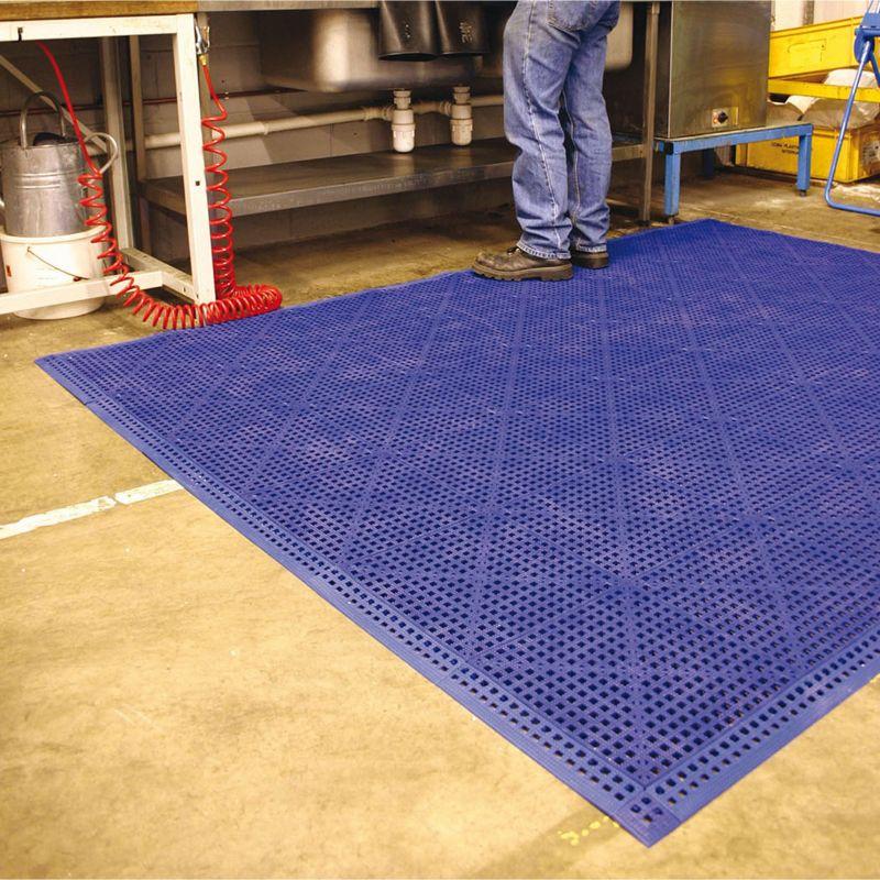 Dalle de sol en PVC souple et drainante - Caillebotis industriels FLEXI-DECK INDUSTRY